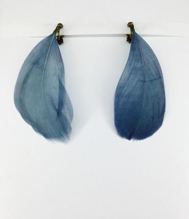 Boucles d'oreilles clips plumes G29 bleu gris